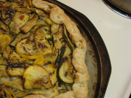 This is the same crust as the onion tart, but filled with sliced grilled summer squash - another good idea!